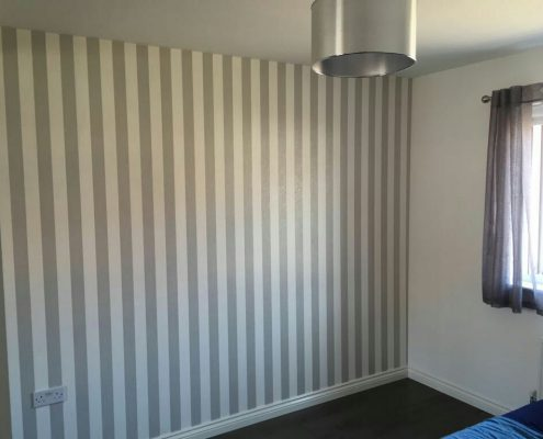 Strips Wall