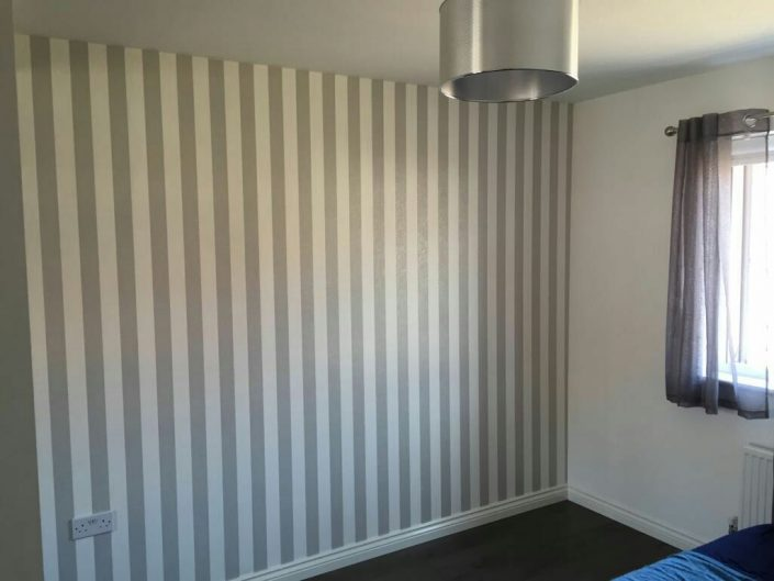 Strips Wall